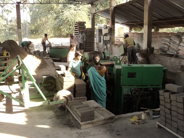 Flyash bricks production